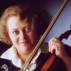 Dora Schwarzberg